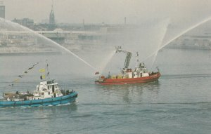 TORONTO , Ontario , 1950-60s ; Fireboat in action