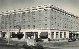 ND - Mandan, Lewis & Clark Hotel
