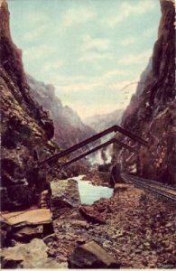 THE ROYAL GORGE SHOWING HANGING BRIDGE COLORADO 1905