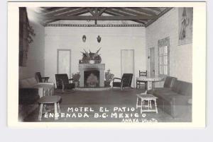 RPPC POSTCARD FOREIGN MEXICO CITY MOTEL EL PATIO ENSENADA INTERIOR VIEW