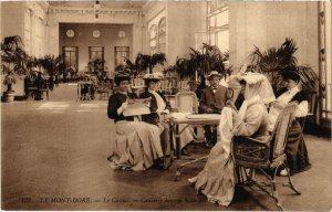 CPA LE MONT-DORE - Le Casino Causerie dans la salle des Fetes (72583)