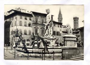 RP; Firenze - Piazza della Signoria - Fontana dell'Ammannati, ITALY , 40-50s