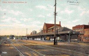 Marshalltown Iowa scene at Union Depot antique pc DD7542
