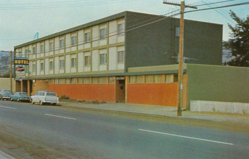 KAMLOOPS , B.C., Canada , 40-60s; Village Hotel