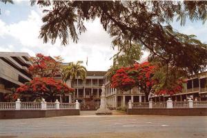 Ile Maurice Mauritius Hotel du Govuernement Gouvernment House Statue