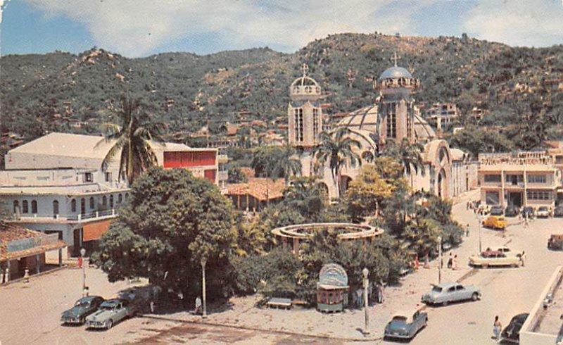 El Zocalo Acapulco Mexico Tarjeta Postal Unused