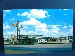Postcard NM Gallup Shalimar Inn Motel Route 66 Old Cars