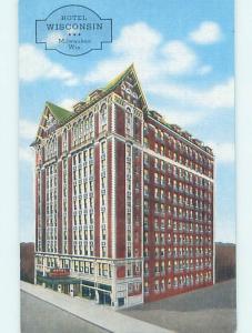 Linen HOTEL SCENE Milwaukee Wisconsin WI H0065