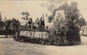 RP:  PASADENA, California, 1923; Tournament Of Roses, Beverly Hills Float