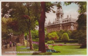 RP; Portsmouth England , 20-40s ; Victoria Park & Guildhall