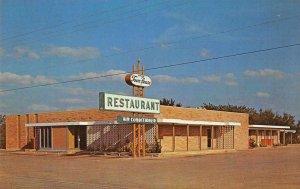 Uvalde Texas Uvalde Town House Restaurant Vintage Postcard JE359727