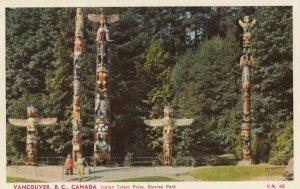 VANCOUVER , B.C. ,1930s ; Totem Poles , Stanley Park
