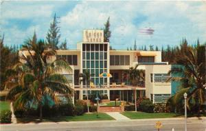 Fort Lauderdale Florida~Golden Sands Apartments~Full Frontal View~1958 Postcard