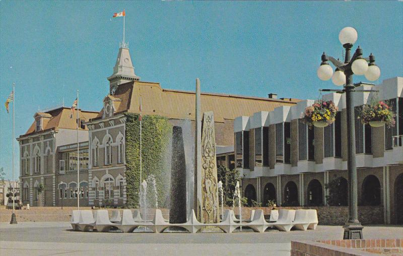 Centennial Fountain , centennial Square , VICTORIA , B.C. , Canada , 50-60s