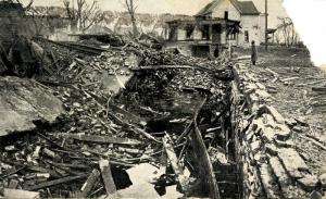 NE - Omaha. Ruins of Idlewild Hall, Easter Tornado of 1913.Writer gives details.