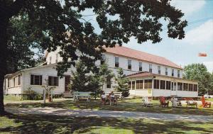 Main Lodge at GRANDVIEW LODGE, Port Staton P. O., Ontario, Canada, 40-60s