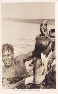 RP: Native Fishermen , Retour de peche Nelle Caledonie , 20-30s
