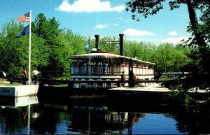 Maine Songo River Queen II In Songo Lock