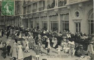 CPA CABOURG - La Terrasse du Grand-Hotel (141354)