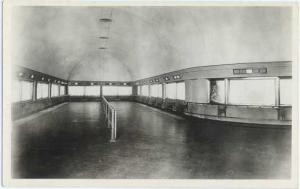 RPPC of the John G. Shedd Aquarium, View of One of the Galleries, Chicago, IL