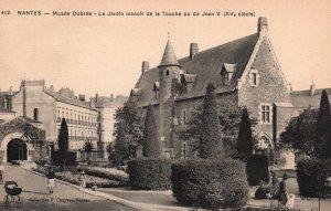Musee Dobree,La Jardin manoir de la Touche ou da Jean V,Nates,France BIN