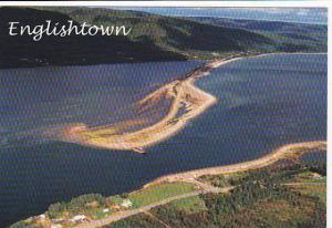 Cable Ferry crossing from Englishtown on the Cabot Trail, Cape Breton, Novas ...