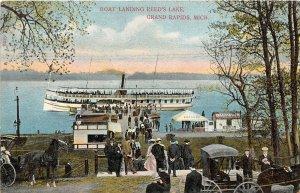 G34/ Grand Rapids Michigan Postcard c1910 Boat Landing Reed's Lake Crowd