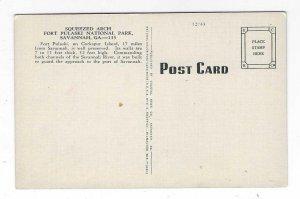 1940's Squeezed Arch, Fort Pulaski, Savannah, Georgia Linen Postcard