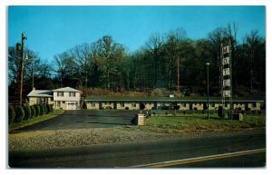 Briar Hill Motel, Millersburg, OH Postcard *5F14