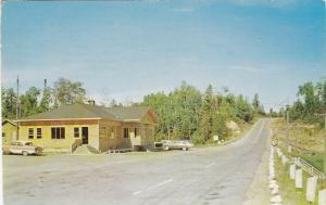 VAL D'OR , Quebec , Canada , PU-1965 ; Dorval Lodge Inc , Parc De La Verendrye