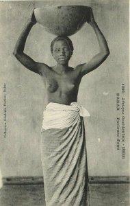 CPA AK Senegal Ethnic Nude Fortier - 1295. Dakar - Porteuse d'eau (71191)