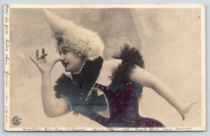 Lady Clown Thumbs Nose~Dance Hall Girl~c1905 Musterschutz Colorized RPPC