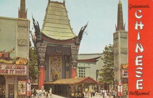 HOLLYWOOD, California, 40-60s; Grauman´s Chinese Theatre