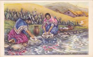 AYACUCHO , Peru ; Indias Lavando , 20-30s