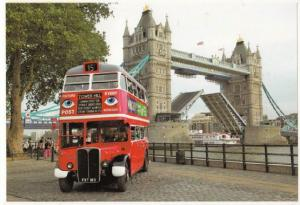 London Number 15 Bus to Tower Hill Postcard