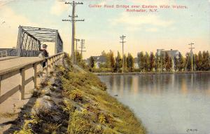 Rochester NY~Mother & Daughter On Culver Road Bridge~Eastern Wide Waters~1910 PC