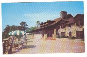 View of the Terrace of duPont Lodge,  Kentucky, 40-60s