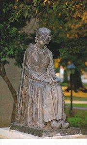 Louisaiana St Martinsville Evangeline Monument