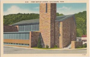Tennessee Tenn Tn Postcard GATLINBURG First BAPTIST CHURCH Building