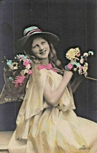 YOUNG GERMAN GIRL IN STYLISH PERIOD CLOTHING & HAT~TINTED PHOTO POSTCARD