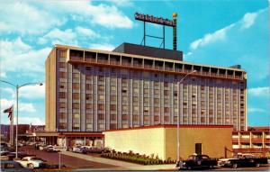 Sheraton Portland Hotel Oregon OR Unused Vintage Postcard D35