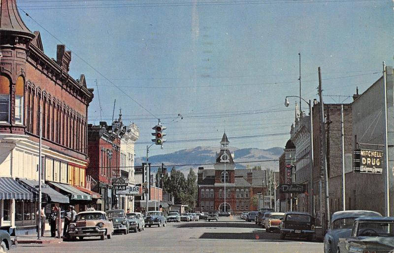 Dillon Montana~Main Street~Dilmart Store~Pheasant Bar~Mitchell Drug~1950s Cars