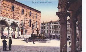 Piazza Del Duomo, Perugia (Umbria), Italy, 1900-1910s