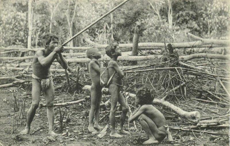 malay malaysia, PERAK, Young Wild Sakei Hunting with Blowpipe (1910s) Postcard