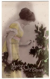 102020 VINTAGE CHRISTMAS POSTCARD LADY AT TREE 1920 VOGEL & CO NYC