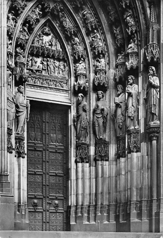 Koelner Dom Petrus Portal Cathedral Door Statues