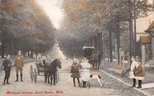 South Haven Michigan Michigan Avenue Vintage Postcard AA9614
