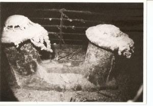 Postal 030453 : Two bollards at the bow of the sunken Titanic