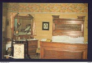 Kitchener Ontario - Master Bedroom John & Isabel Grace King
