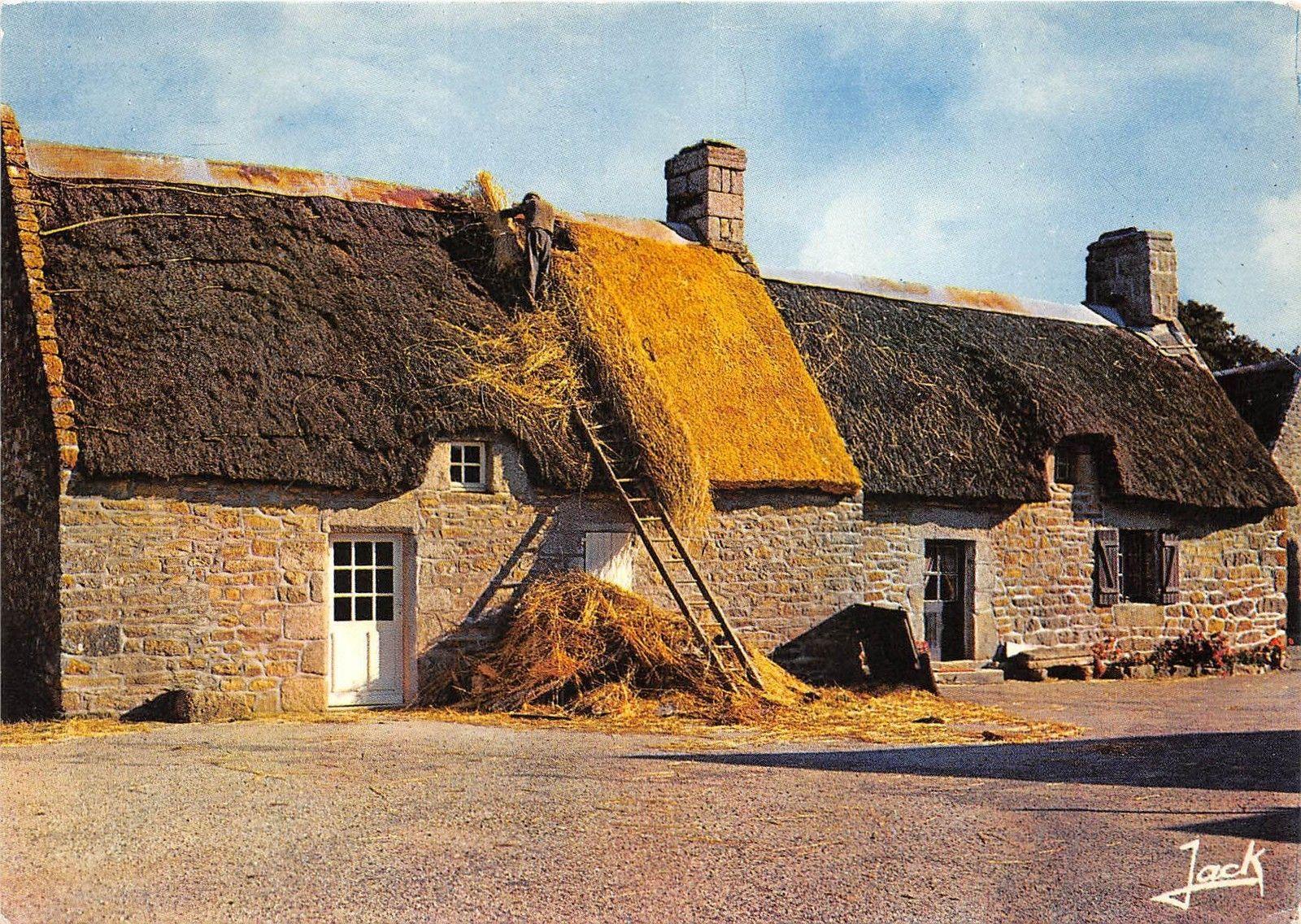 Maison Toit De France b53027 bretagne typical thatched house maison au toit de